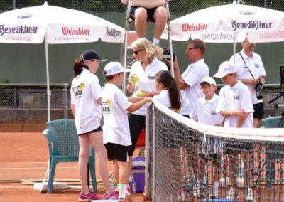 UTHC-Tennis-Charity-Event-2016-Balljungen-Ballmaedchen