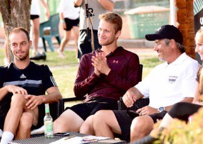 UTHC-Tennis-Charity-Event-2016-Interview-Tim-Puetz-Steven-Moneke-Caros-Tarantino-5801