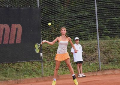 UTHC-Tennis-Charity-Event-2016-Mara-Guth-5623