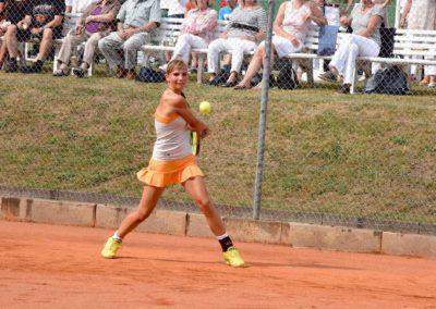 UTHC-Tennis-Charity-Event-2016-Mara-Guth-5645