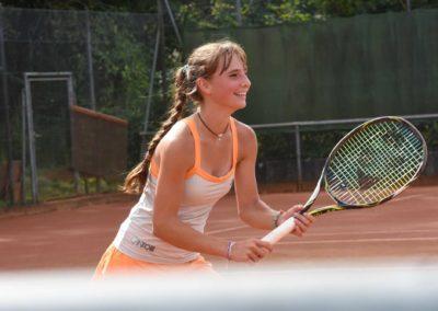 UTHC-Tennis-Charity-Event-2016-Mara-Guth-5673