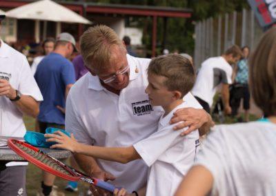 Förderung der Tennisjugend im UTHC