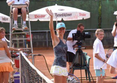 Azra Mann: UTHC-Tennis-Charity-Event-2016