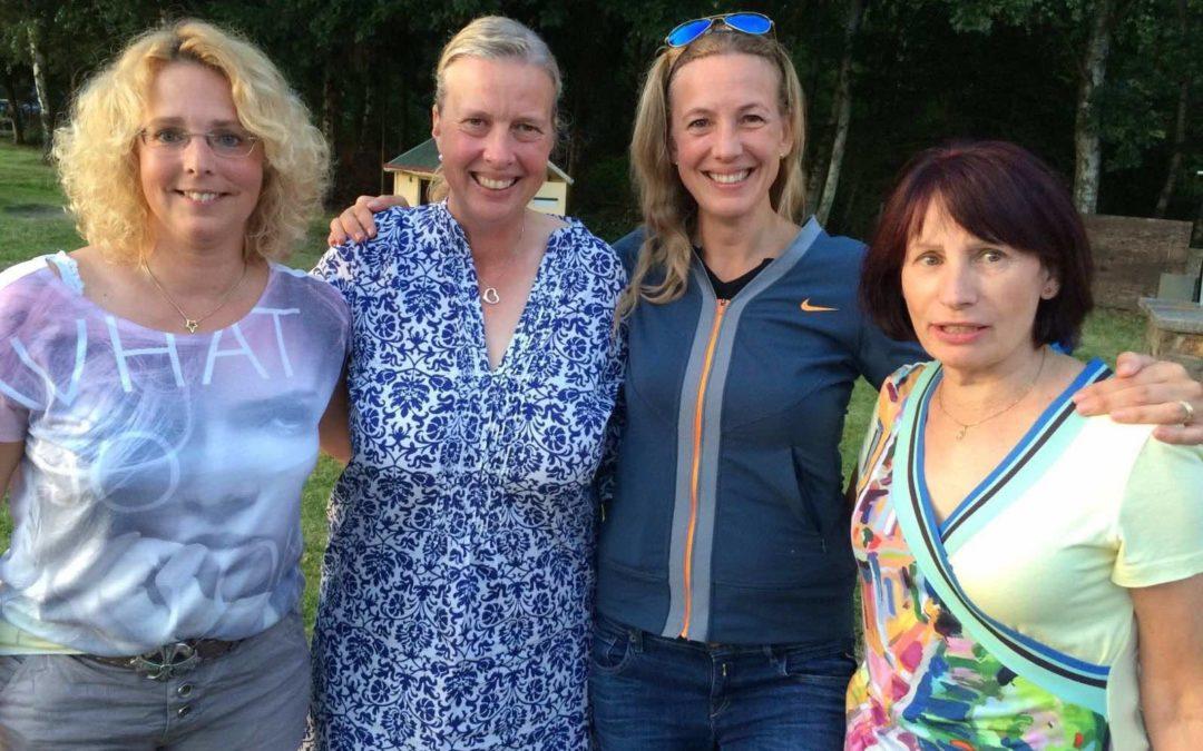 Damen 40–3 siegen am 9.7.2016 zu Hause gegen RW Bad Nauheim III