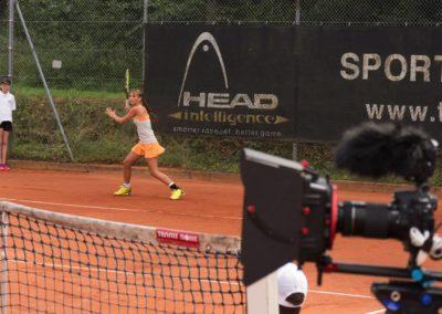 UTHC Tennis-Campus - Mara Guth spielt druckvoll
