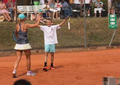 Azra Mann und Sergej Topic im Doppel