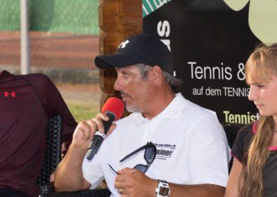 Carlos Tarantino im Interview auf dem UTHC Tennis-Campus