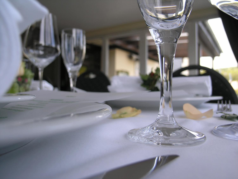 Das Verwöhn-Restaurant in der Tennishalle auf dem Tennis-Campus des UTHC