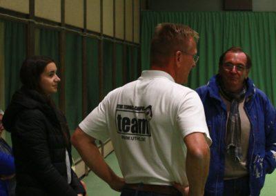 PR Berater Dirk Rabis im Gespräch mit einem Pressevertreter_0475