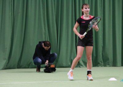 Mara Guth bei Dreharbeiten - SAT1 Fernsehen auf dem Tennis-Campus Usingen_0843