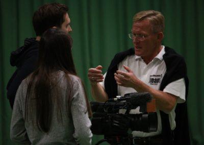 PR Berater Dirk Rabis im Gespräch mit SAT1 Fernsehen - Produktionsablauf auf dem Tennis-Campus Usingen_0879