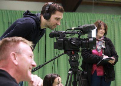 Lokale Presse berichtet über SAT1 Fernsehen auf dem UTHC Tennis-Campus Usingen - Fernsehreportage_1035a