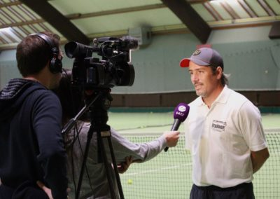 Tennis Cheftrainer Carlos Tarantino im SAT1 Fernsehen. UTHC Tennis-Campus Usingen - Interview_1159