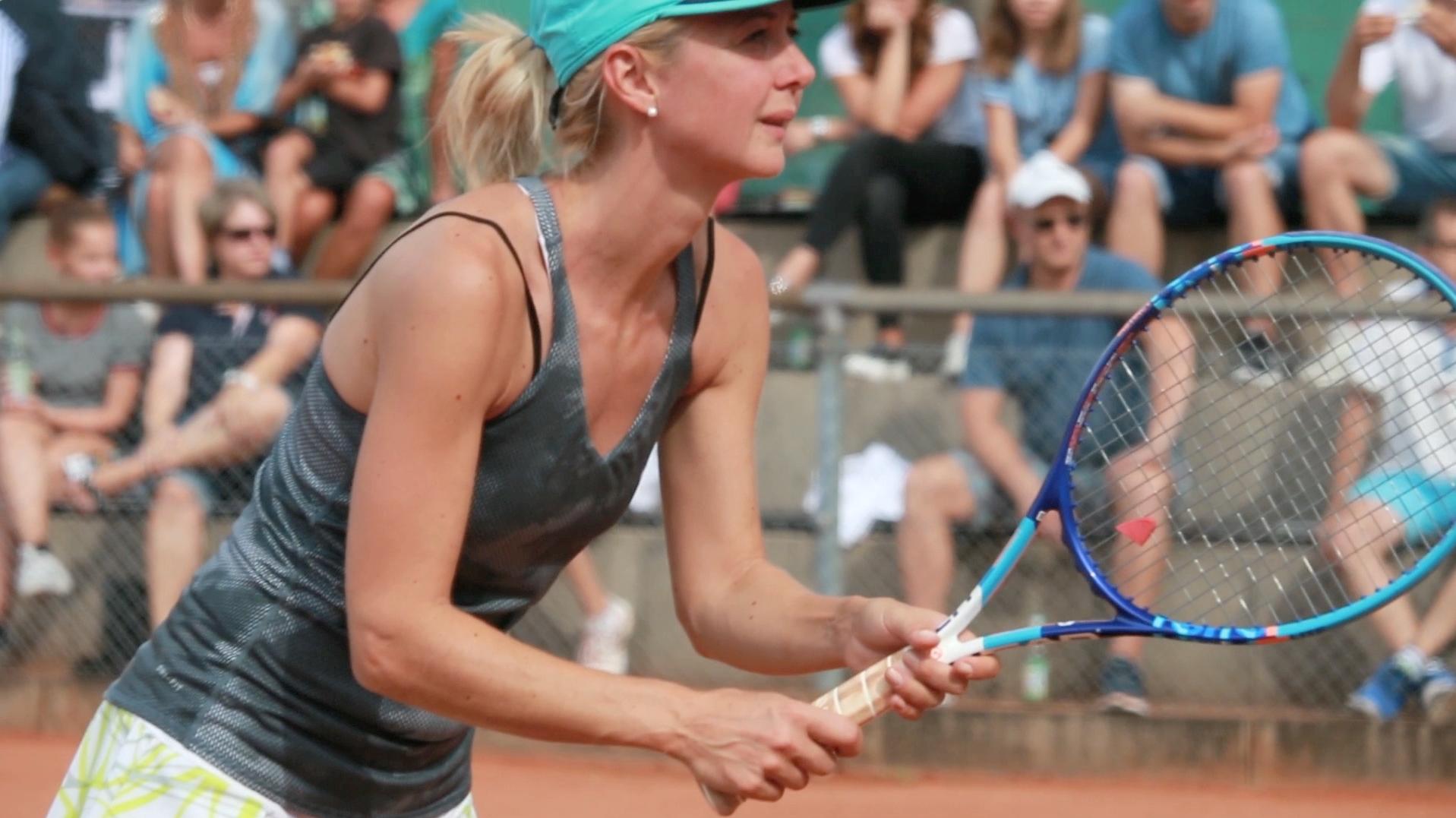 Hunderte Besucher erleben Tennisprofis und Tennis-Prominenz beim UTHC