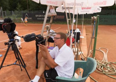 Stefan-Ochs-Kameramann-Hauptkamera-auf-dem-UTHC-Center-Court-145830