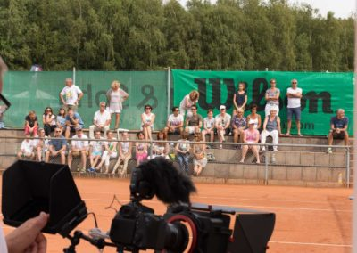 Stefan-Ochs-Kameramann-Hauptkamera-auf-dem-UTHC-Center-Court-151640
