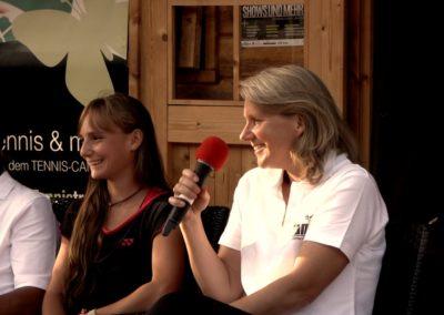 Interview mit UTHC-Jugendtrainerin Annette Heinemann beim zweiten Tennis Charity-Event 2016 des UTHC