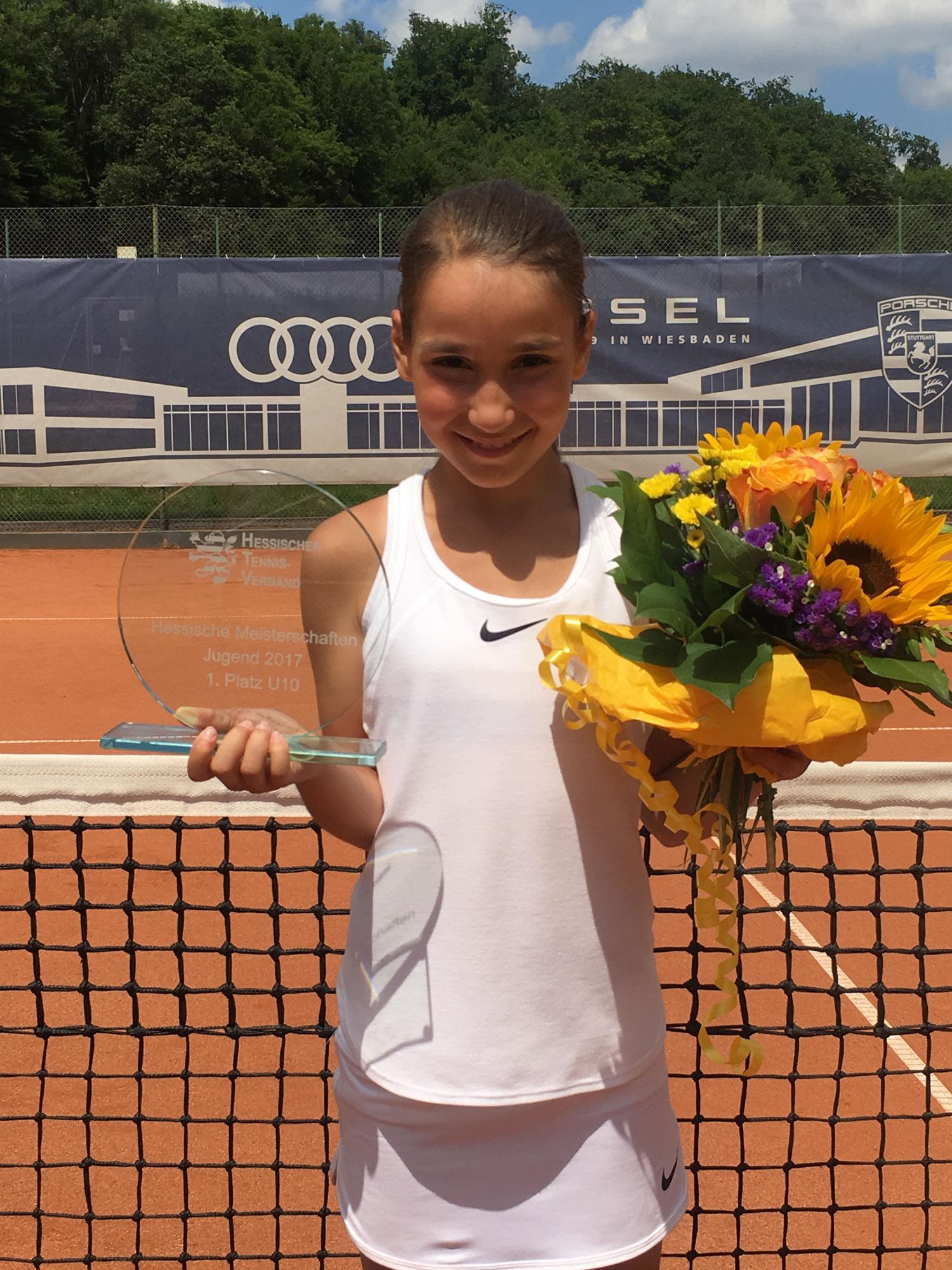 Nun freut sich mit Sarah Hamzic auch der nächste UTHC-Neuzugang über den Titel einer Hessenmeisterin