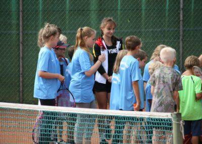 Mara-Guth unterstützt Tennis Jugendarbeit beim TUS Steinfischbach_4827