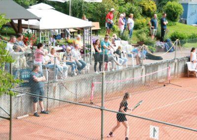 Mara-Guth unterstützt Tennis Jugendarbeit beim TUS Steinfischbach_4864