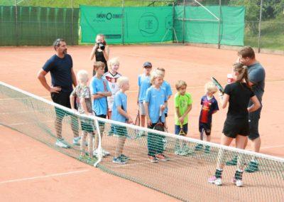 Mara-Guth unterstützt Tennis Jugendarbeit beim TUS Steinfischbach 4870
