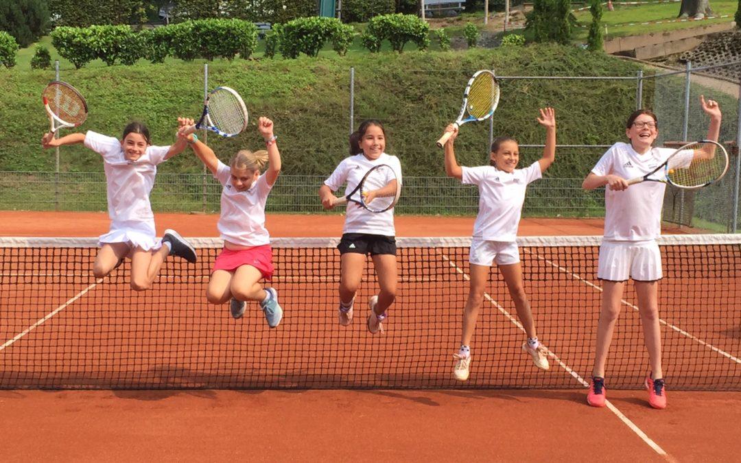 U12 Juniorinnen feiern ihren Aufstieg