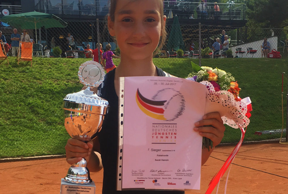 Sarah Hamzic des UTHC – Nationales Deutsches Jüngsten-Tennisturnier