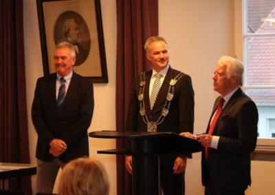 UTHC-Dr-Wilhelmus-Beijer-Ehrenbuerger-Stadt-Usingen-Verdienstnadel-25-04.2018_8570