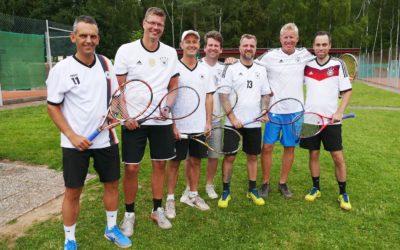 Die Herren 40 unterstützen die deutsche Nationalmannschaft