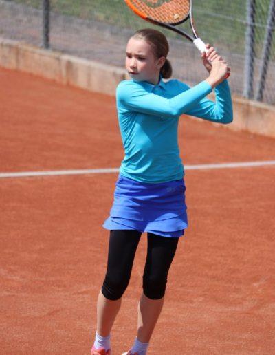 Laura-Shelekhova-UTHC-Tennisjugend-IMG_4348