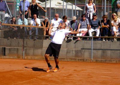 UTHC-Tennistrainer-Carlos-Tarantino-2018-Ochs_202688
