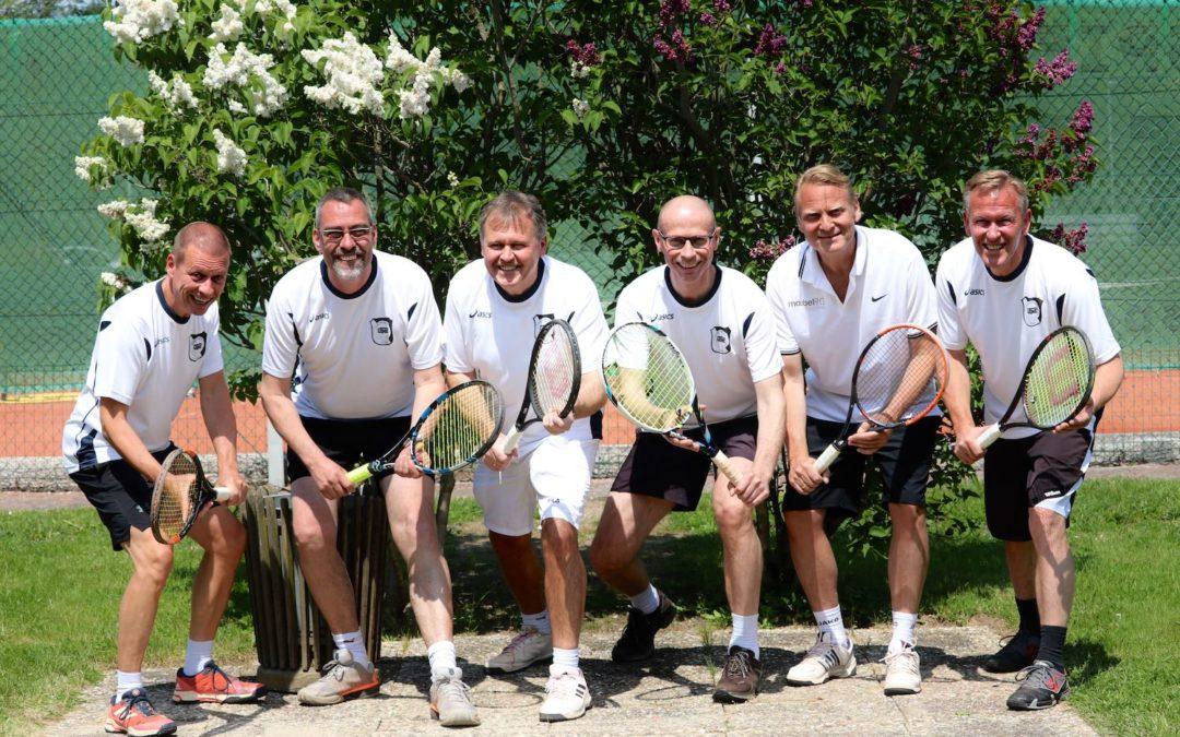 Glatter 9:0 Durchmarsch der 1. Herren 50 Tennismannschaft in der Bezirksoberliga