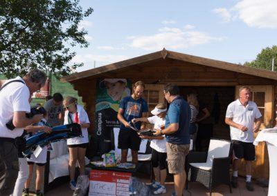 Tim-Puetz_Autogramme-beim-UTHC-Tennisverein-Usingen_01092018_2018_09_01_171359