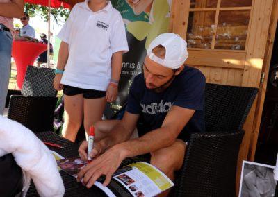 Tim-Puetz_Autogrammstunde-beim-UTHC-Tennisverein-Usingen_beim-UTHC-Tennisverein-Usingen_3576
