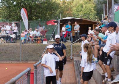 Tim-Puetz_Jugendfoerderung-beim-UTHC-Tennisverein-Usingen_142745