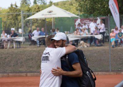 Tim-Puetz_Jugendfoerderung-beim-UTHC-Tennisverein-Usingen_142751_01