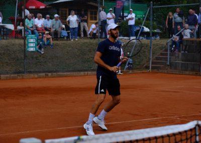 Tim-Puetz_Jugendfoerderung-beim-UTHC-Tennisverein-Usingen_202537