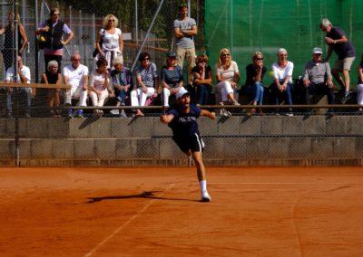 Tim-Puetz_Jugendfoerderung-beim-UTHC-Tennisverein-Usingen_202578