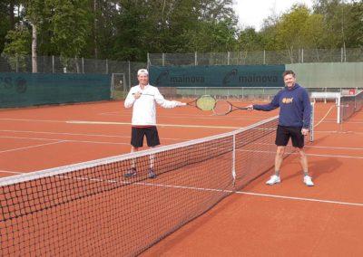 UTHC-Tennis-Eroeffnung-Tennisplaetze_Abstand-01