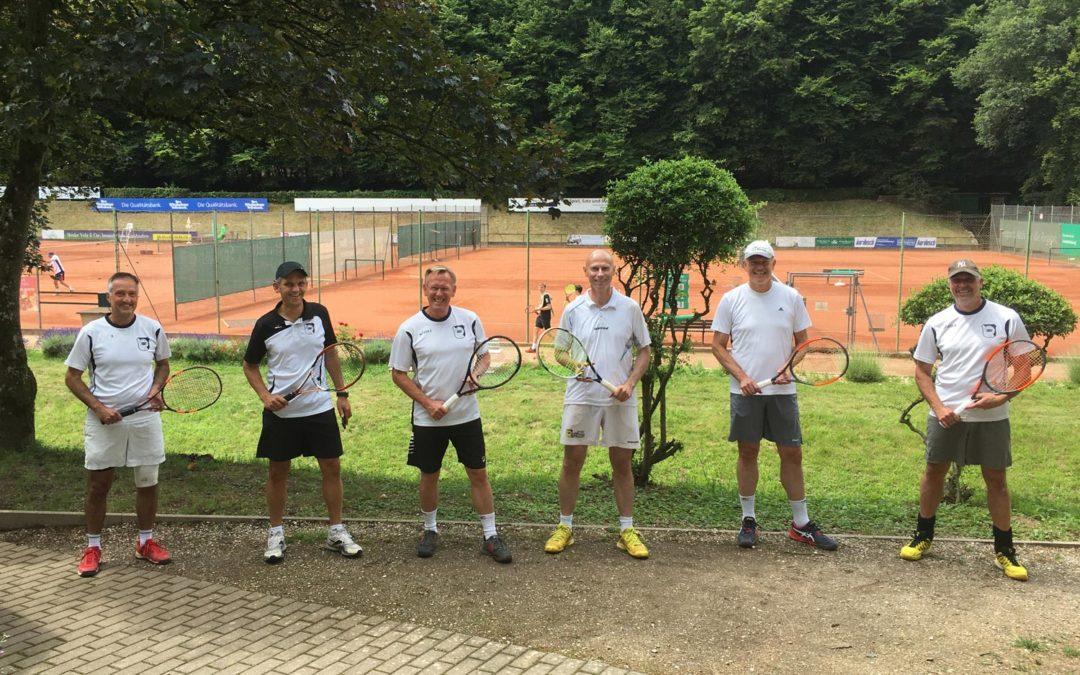 1. Herren 50 Mannschaft geht mit 7:2 Sieg in der Bezirksoberliga in die Sommerpause
