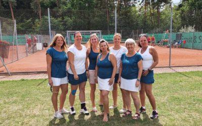 Damen 40-2 feierte ihren Sieg und Saisonabschluss