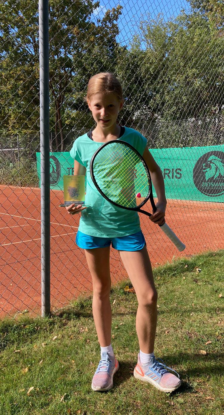 UTHC-Tennisnachwuchs-Emilia-Brune-Sichtungsturnier-2020_0